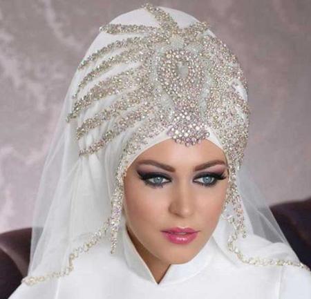 مدل های تاج و تور برای عروس های با حجاب