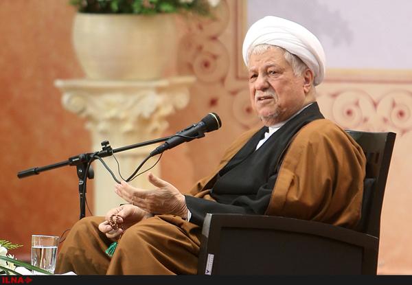 هاشمی رفسنجانی: نباید با تقویت نقاط اختلاف شیعه و سنی، به درگیری ها دامن بزنیم