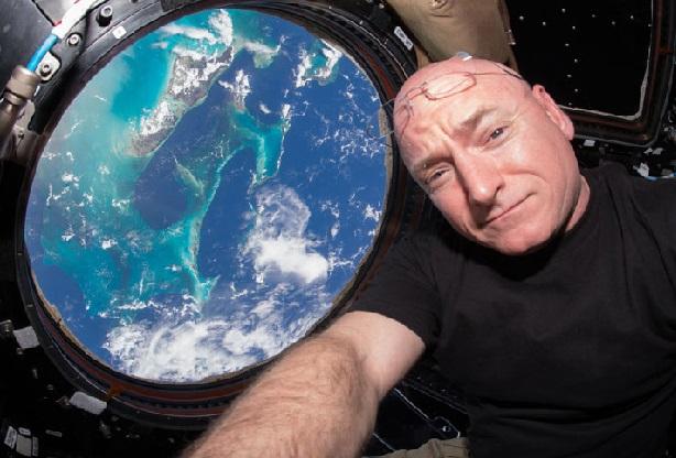 اسکات کلی و مجموعه تصاویری دیدنی از زمین