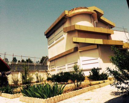 فروش خانه ویلایی گیلان زیبا کنار 305 متر بنا