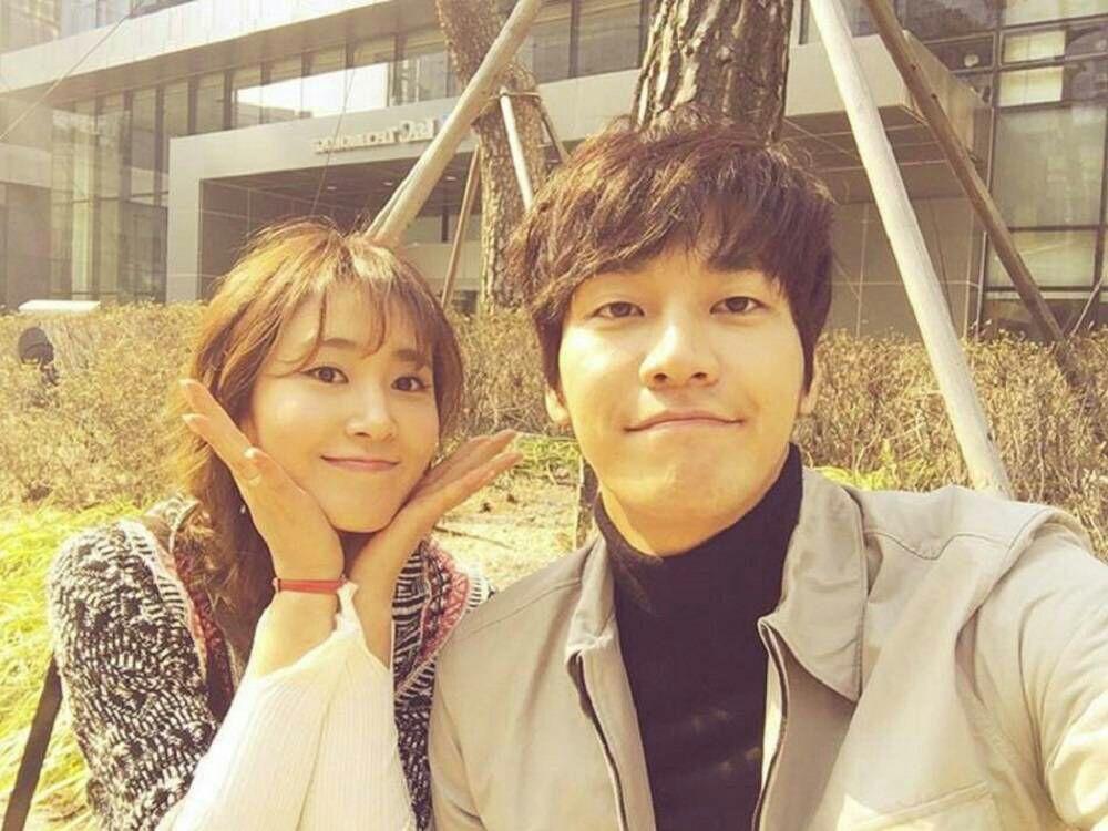 یوری عضو SNSD و بازیگرKim Young Kwang فیلمبرداری درامای چینی کره ای Gogh,The Starry Night رو شروع کردند 😊 دراما از ما�