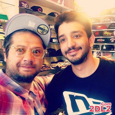 علی صادقی در حال خرید کلاه و عینک + عکس