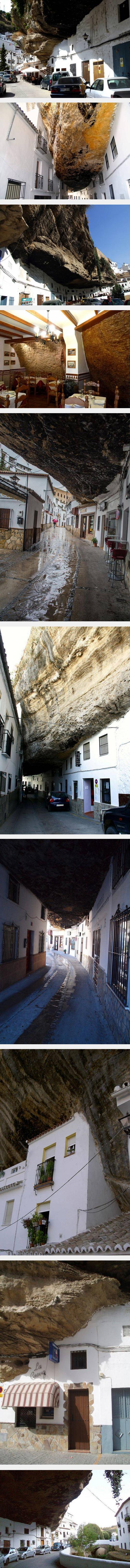 شهر منحصر به فردی که زیر ، بالا و اطراف کوه ساخته شده است