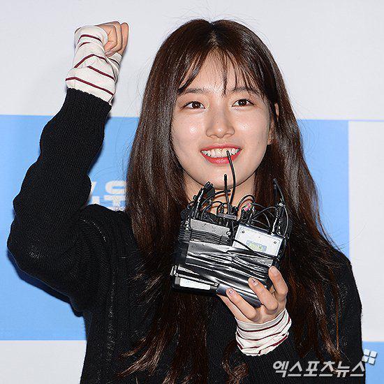 عکس جدید سوزی در کنفرانس خبری فیلم کره ای جدیدش به نام