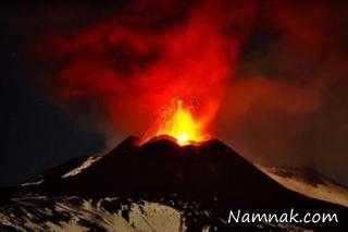 عکس ماهواره ای از لحظه فوران آتشفشان