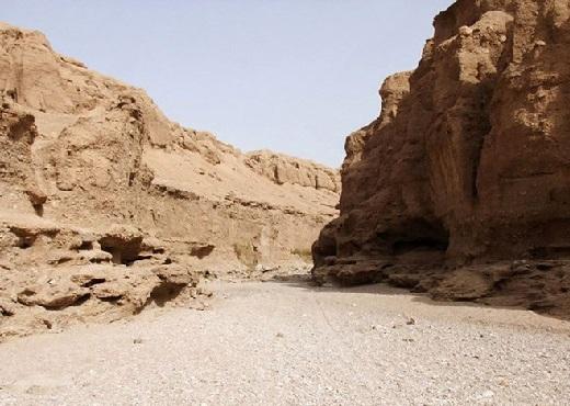 دره جنها در قلب کویر ایران