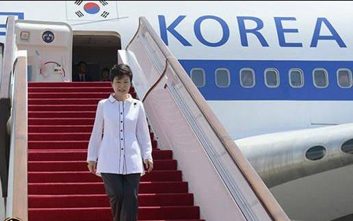 واشنگتن پست خبر داد: رئیس جمهور کره جنوبی ماه آینده به ایران سفر می کند