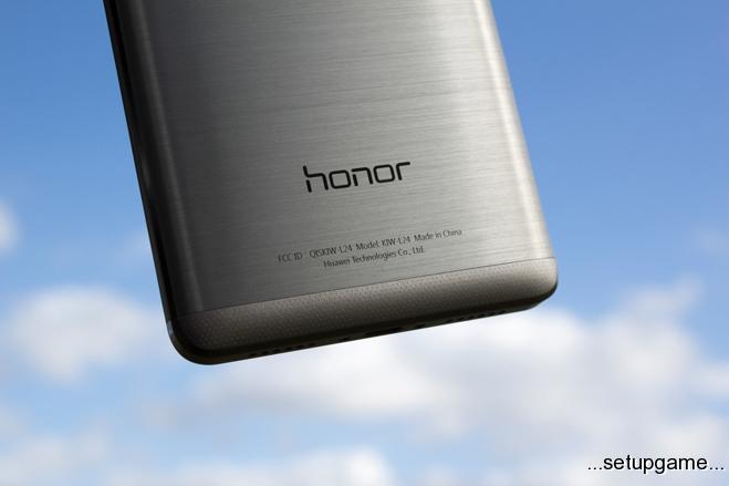 هواوی گوشی Honor V8 را با دوربین دوگانه به زودی معرفی می کند