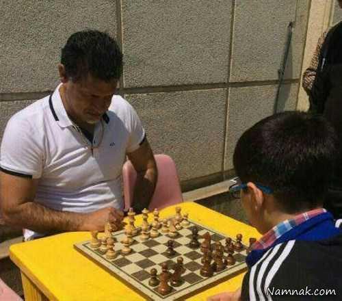 بازی علی دایی با پدیده شطرنج ایران پات شد + تصاویر