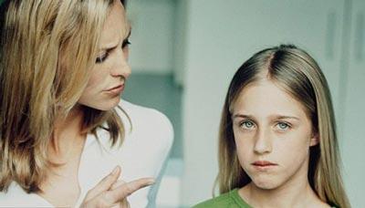 اشتباهاتی که نباید در تربیت فرزندتان مرتکب شوید