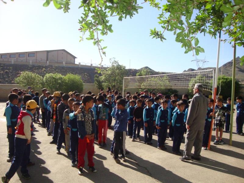 اردوی آموزشی تفریحی دانش آموزان دبستان شهید آیت دوره اول