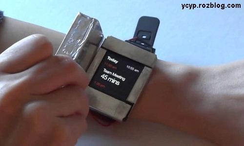 ساعت های هوشمندی که دو صفحه نمایش دارند