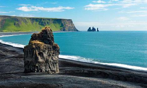 ساحل «ویک» در ایسلند - ساحل سیاه