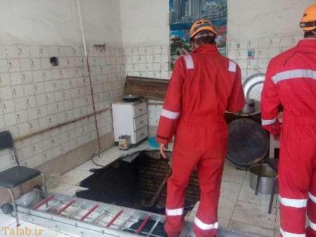 حادثه سقوط آشپزهای زن به درون زمین (+عکس)