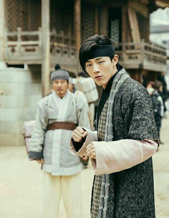 عکسی منتشر شده از جی سو در سریال تاریخی Scarlet Heart : Goryeo 👇👇