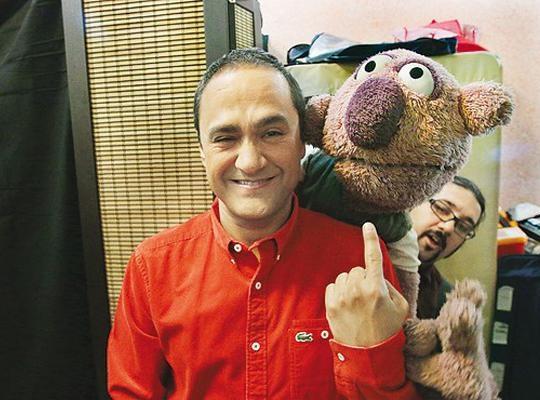 عروسک های جدید «خندوانه» در کنار جناب خان