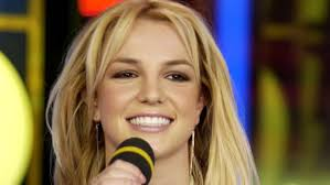 ترجمه و متن اهنگ Born to make you happy از Britney Spears