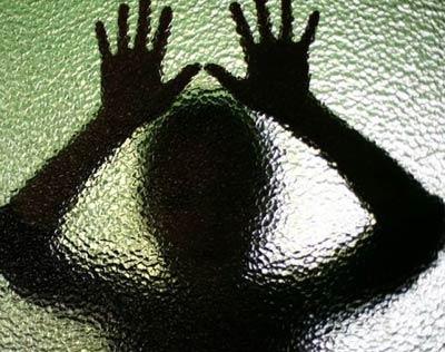 تجاوز جنسی به دختران و پیامد های آن