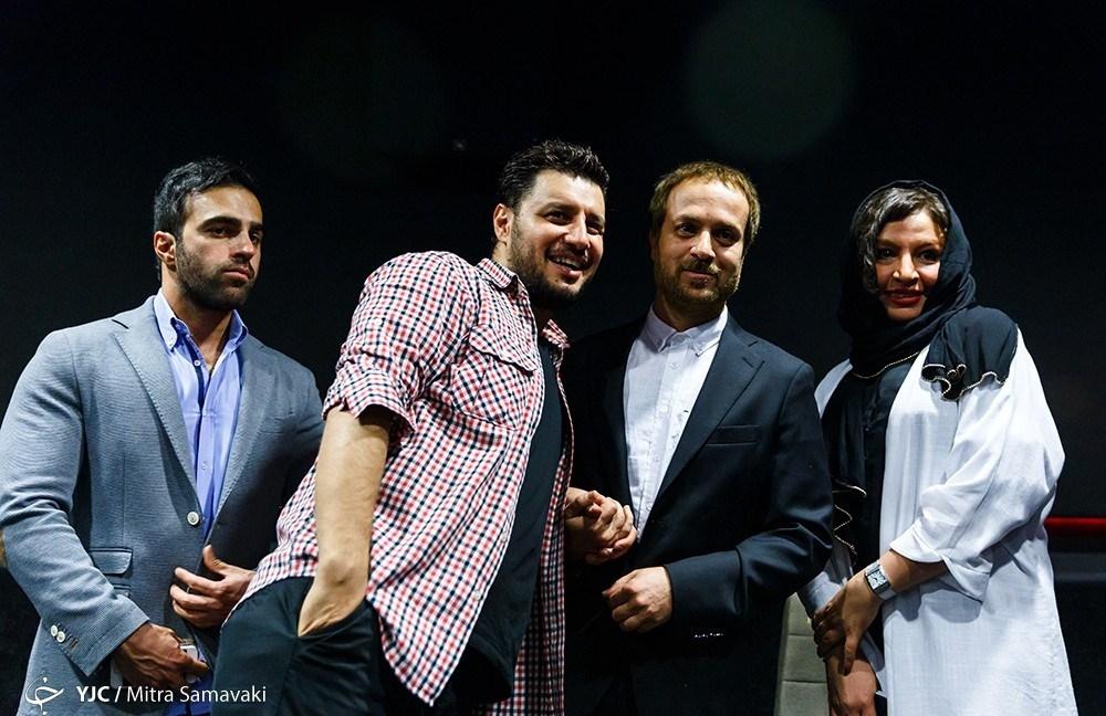 احمد مهرانفر در کنار جواد عزتی و همسرش مه لقا باقری