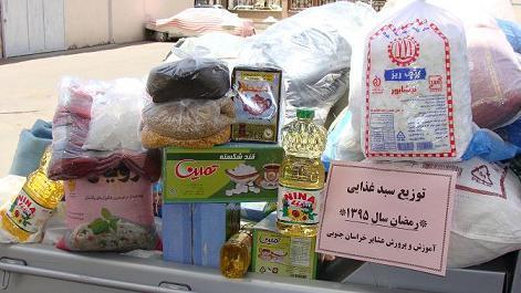 توزیع 90 میلیون ریال سبد غذايي بین دانش آموزان عشایر شهرستان نهبندان
