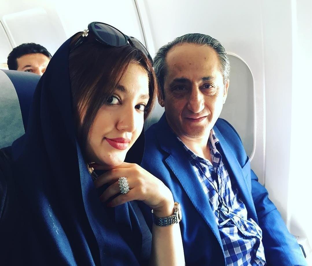 عکس نازلی رجب پور و پدرش