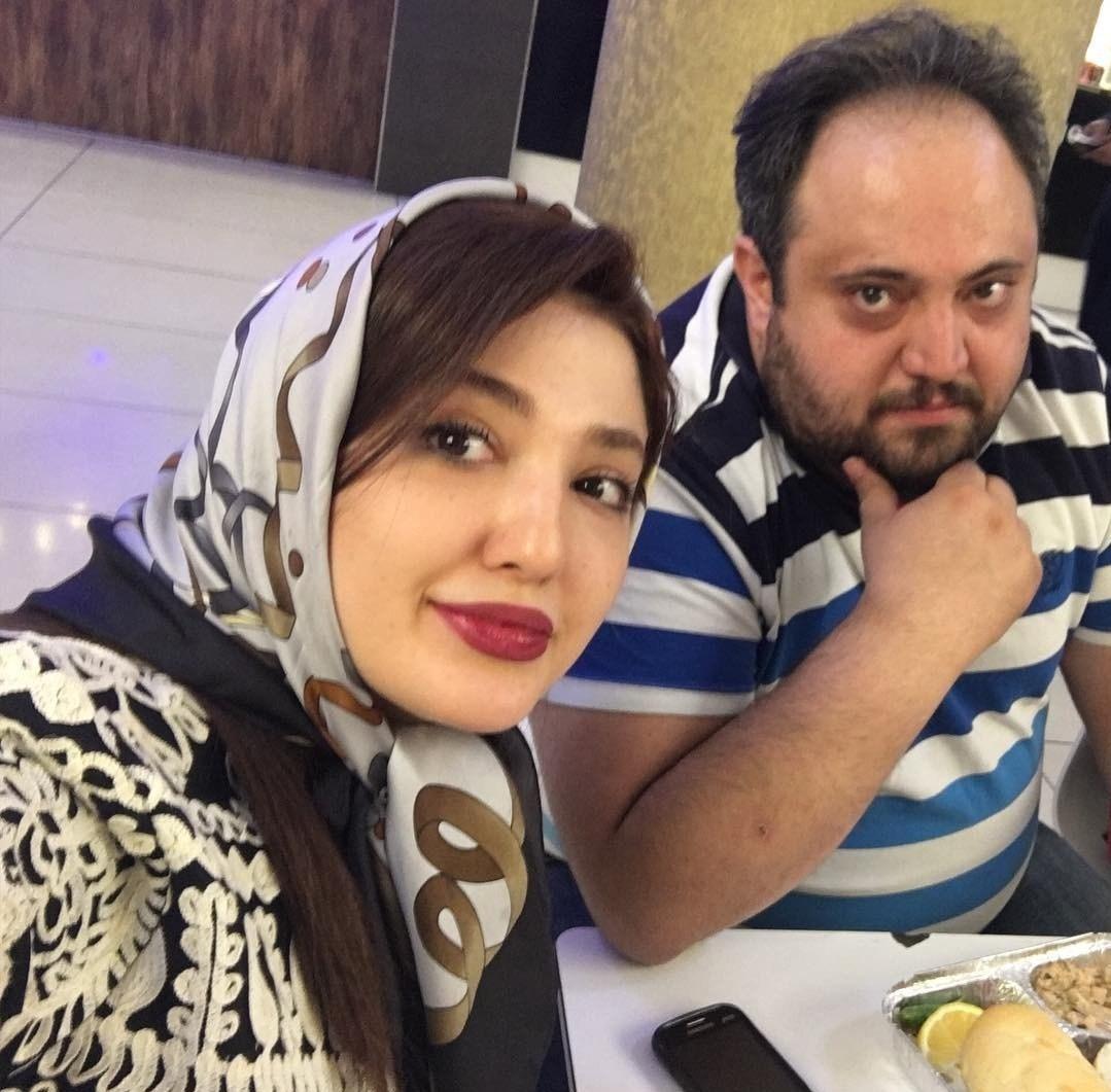 عکس نازلی رجب پور در کنار برادرش