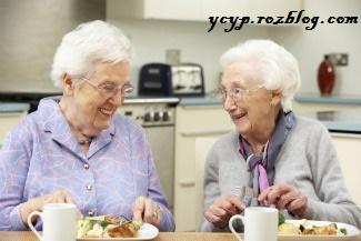 یک رژیم غذایی مناسب برای سالمندان