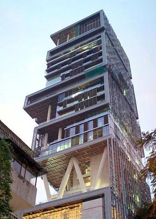 آپارتمان شخصی این ثروتمند هندی 27 طبقه دارد