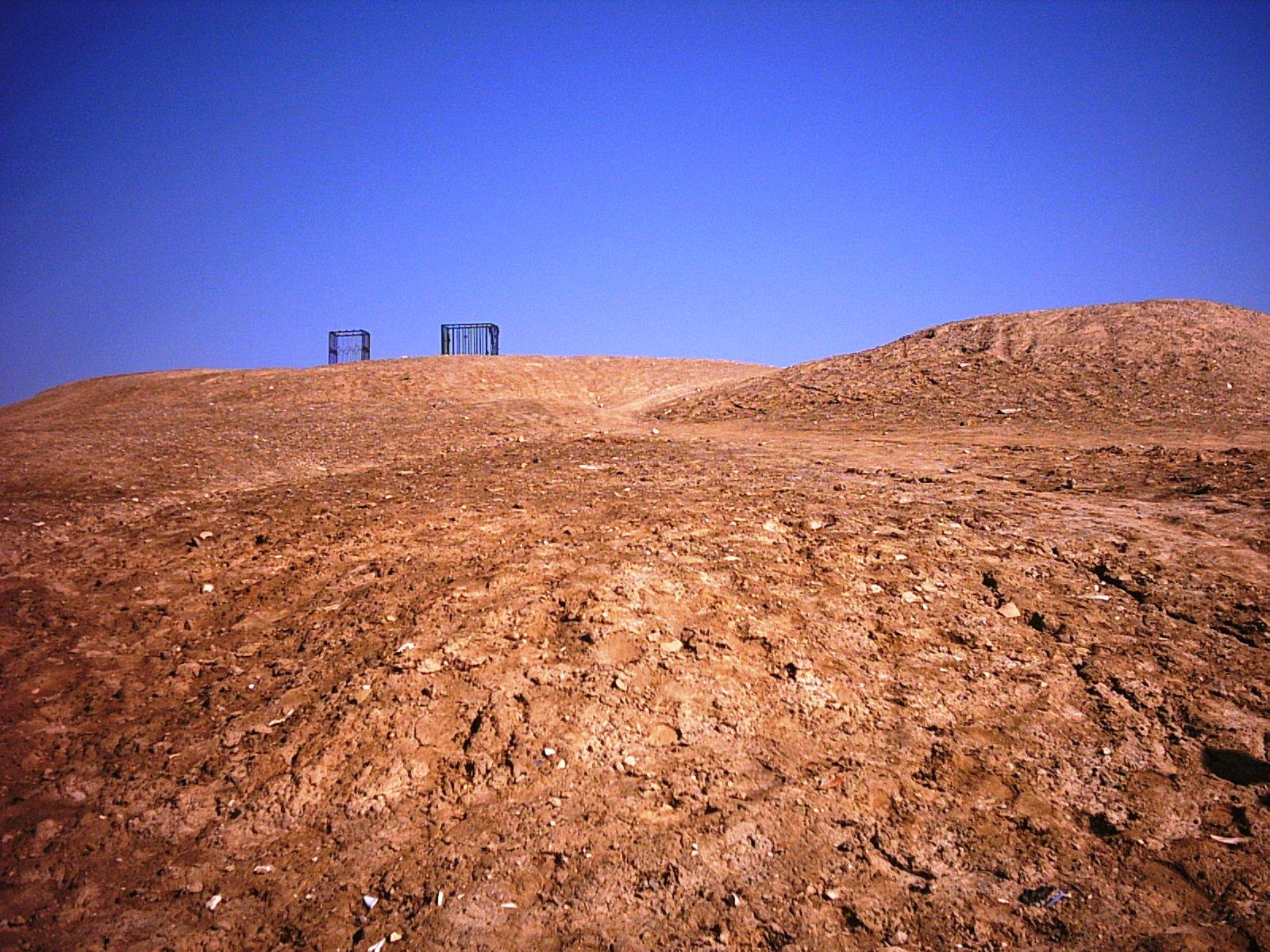 سه راه حل پیشنهادی به شهرداری برای ساماندهی تپه اسفرورین