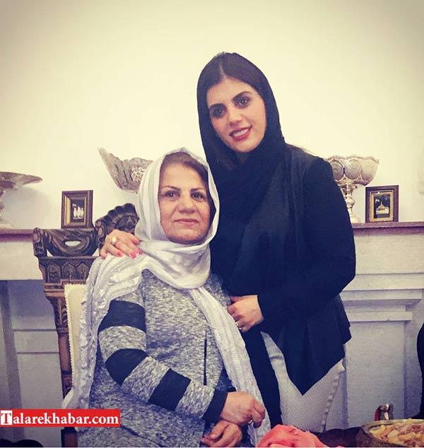 عکس مژگان بیات و مادرش