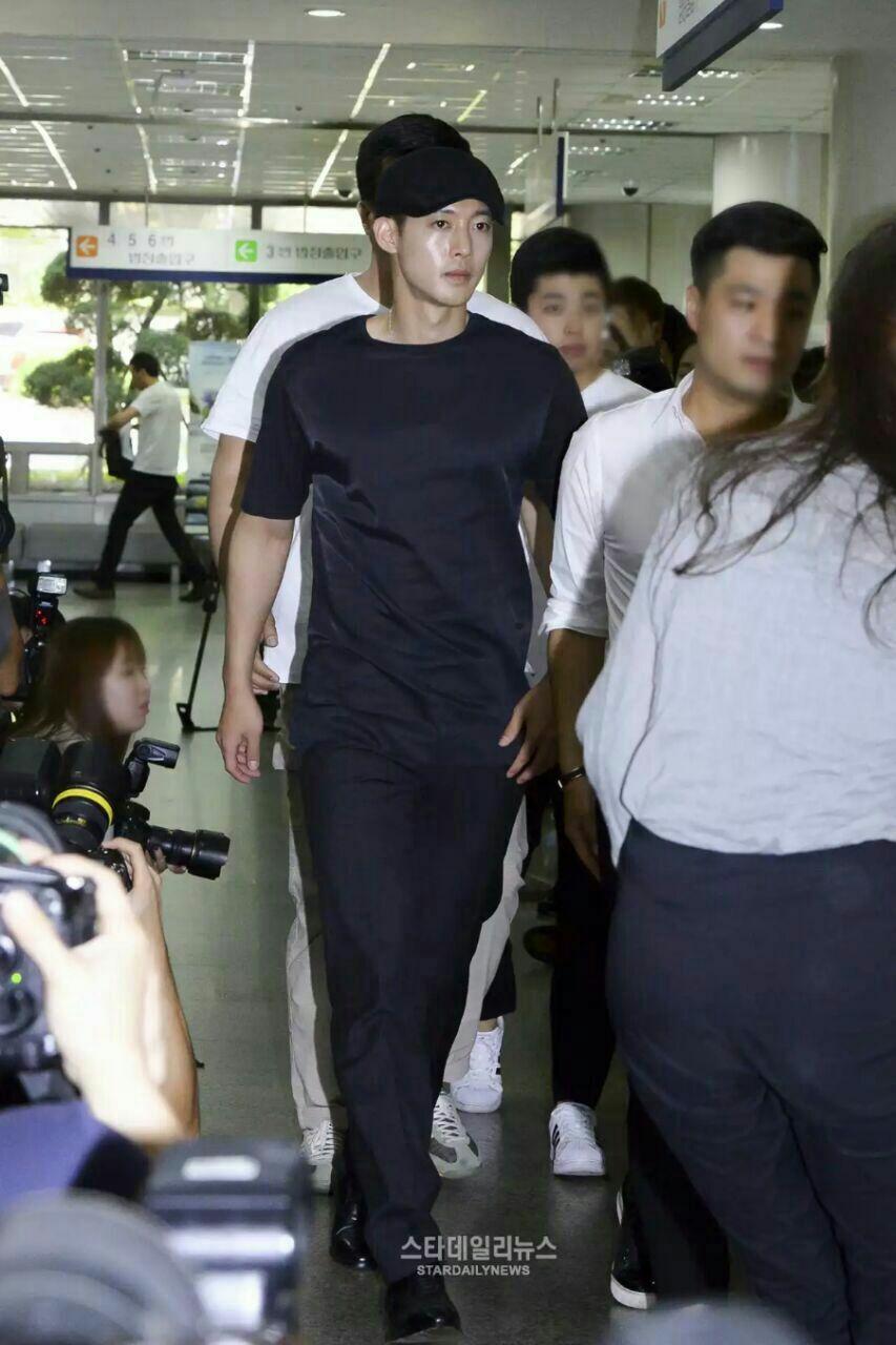 امروز دادگاه هیون جونگ برگزار شد و خانم ایم دوست خانم چویی به نفع خانم چویی شهادت داد😔👇🏼👇🏼👇�