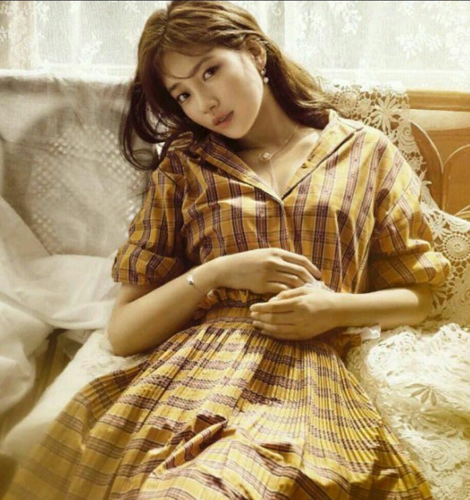 سوزی بازیگر سریال عشق بی پروا کاور مدل این هفته ی مجله ی GRAZIA چین شد و درباره ی نقشش در سریال عشق بی پر