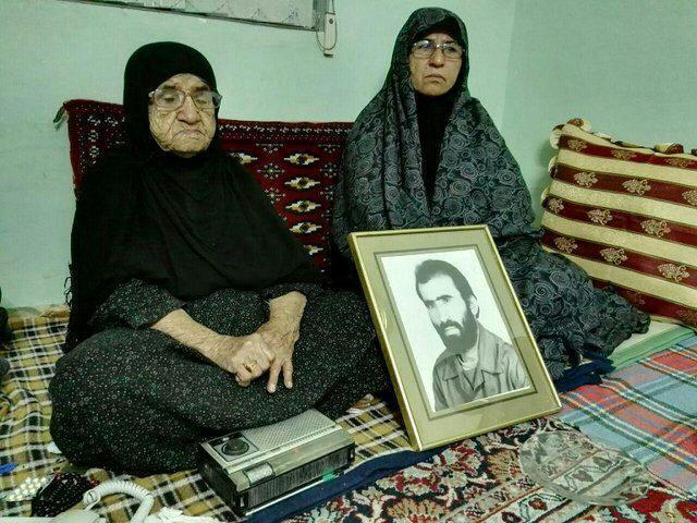 مادر شهید تازه تفحص شده پس از 32 سال رادیو را کنار گذاشت