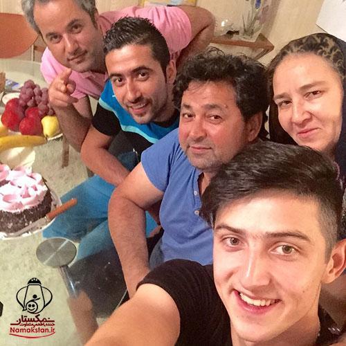 تصاویری از جشن تولد پدر سردار آزمون