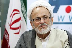 آقای احمدی نژاد خودش را گم کرد و فکر کرد برای خودش کسی شده!