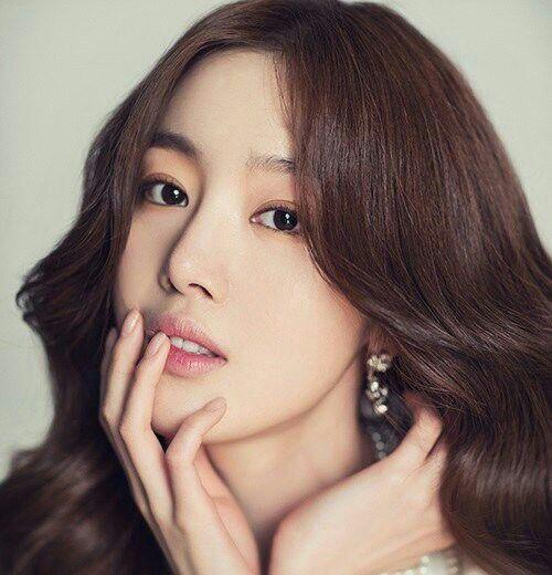 شایعه ای مبنی بر ترک Sunhwa عضو گروه Secret و فعالیت اون تنها بر بازیگری پخش شده.