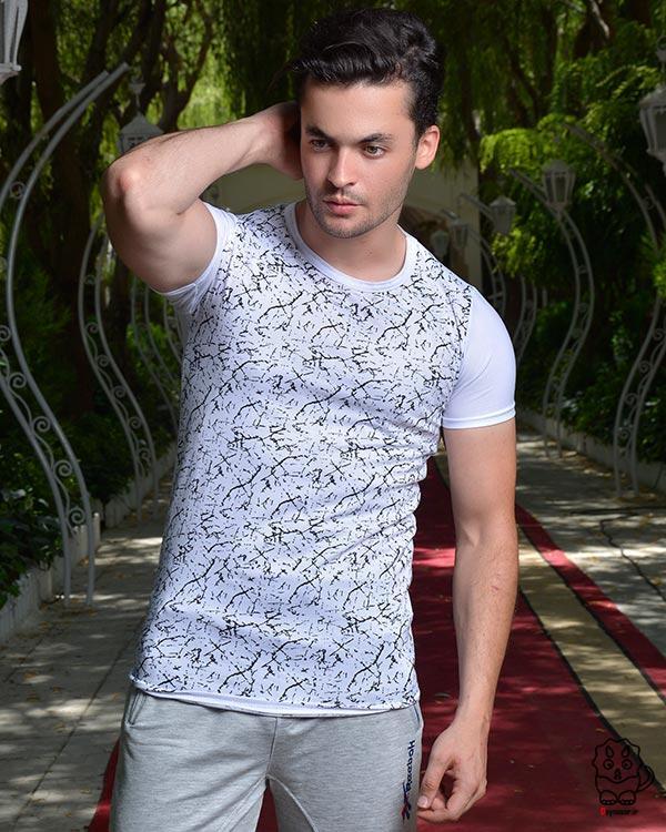 تی شرت مردانه سفید طرح دار