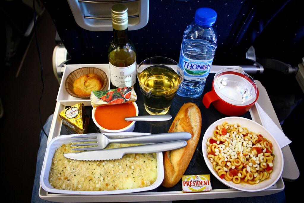 Image result for غذاهای هواپیما