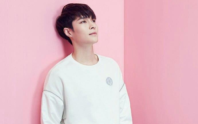 Lay از گروه Exo اعلام کرده که اگر سسانگ فن ها بار دیگر حریم خصوصیش رو نادیده بگیرند اقدام قانونی خواهد �