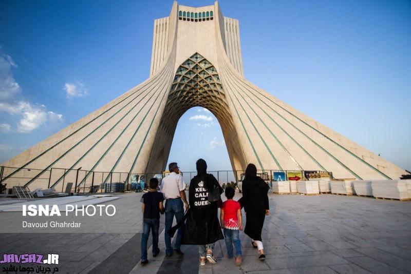 عکس دختران ایرانی در تسخیر مانتوهای من ملکه هستم
