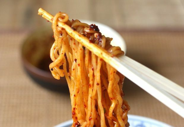 طرز تهیه غذای کره ای  رامن(نودل)