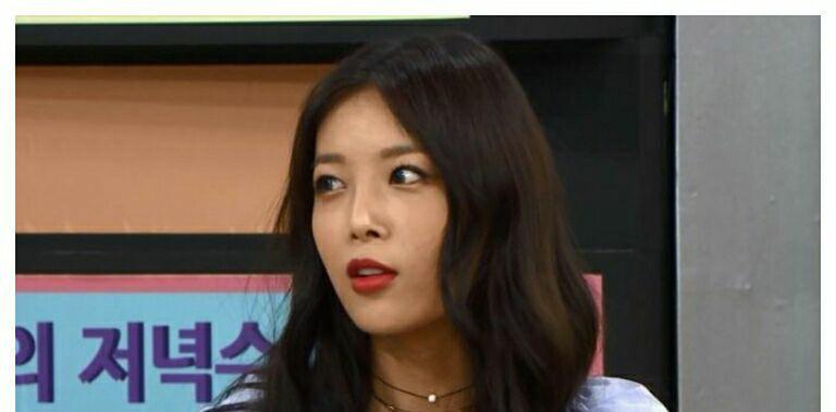 یوبین رپر گروه Wonder Girls چه کسی رو توی کمپانی JYP دارای بهترین و جذاب ترین هیکل میدونه؟