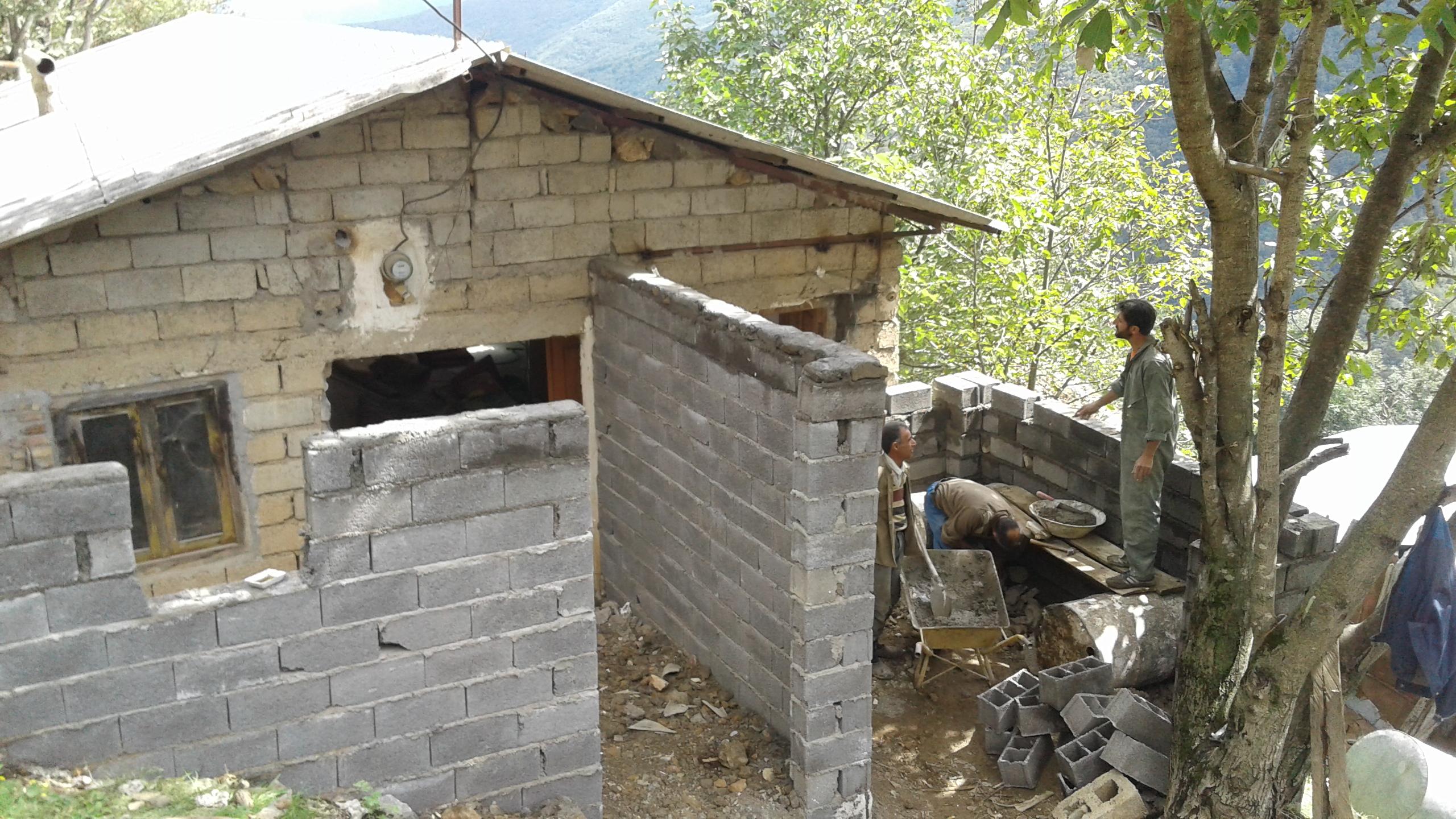 عملیات بازسازی وتعمیر ات مسجد حضرت باب الحوائج ده بلبل کوه