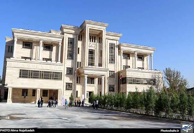 افتتاح مدرسه و پژوهش سرای ثابت با حضور وزیر آموزش و پرورش+تصاویر