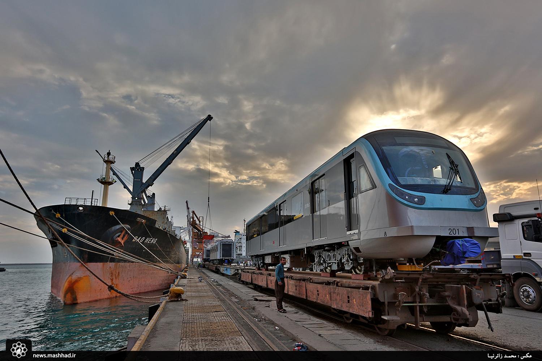 دومین سری از ناوگان خط 2 قطار شهری مشهد وارد کشور شد