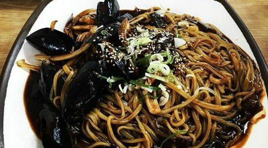 طرز تهیه غذای کره ای جاجامیونگ