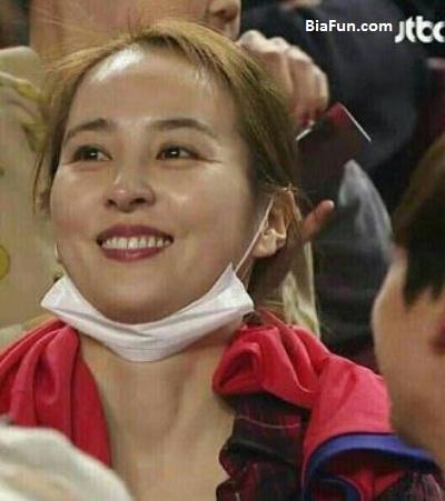 سوسانو بازیگر سریال جومونگ تماشاگر بازی فوتبال قطر و کره