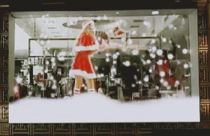 تلویزیون شفاف مخصوص ویترین مغازه ها و فروشگاه ها