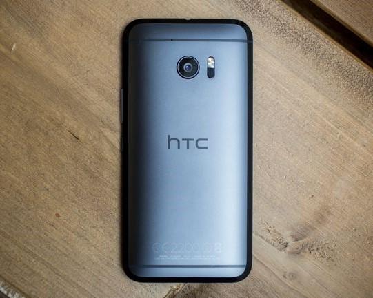 بررسی HTC 10