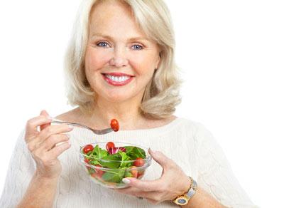 برای پیشگیری از یائسگی زودرس چه بخوریم چه نخوریم؟
